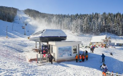 Skijanje u olimpijskom Sarajevu, Hotel Vamos i Ravna Planina